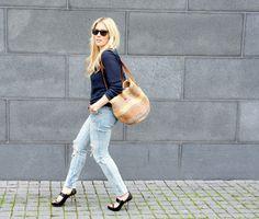sinistä ja farkkua
