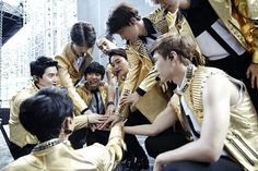 We Are One  #EXO