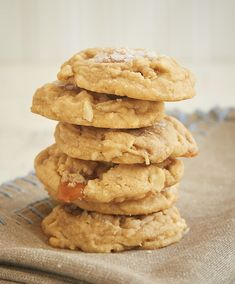 Rich caramel and crunchy cashews add big flavor to these Salty Cashew Caramel Cookies. The sprinkle of salt on top makes them even better! - Bake or Break ~ http://www.bakeorbreak.com