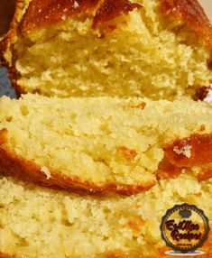 Anyone who has ever been to Woolworths, knows how delicious their Madeira Loaf is. This Woolworths Style Madeira Loaf is my own creation Basic Sponge Cake Recipe, Sponge Cake Recipes, Loaf Recipes, Madeira Cake Recipe, Puri Recipes, Fudgy Brownies, Cupcake Cakes, Cupcakes, No Bake Desserts