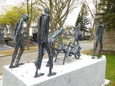 Monument de Buna-Monowitz-Auschwitz III et ses Kommandos – Cimetière du Père Lachaise