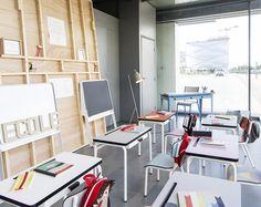 Pensez à la boutique du Design Center pour vos enfants ! RBC DESIGN CENTER, la boutique #lesgambettes #tolix
