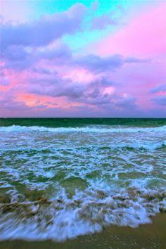 A beautiful Acid pastel skyline
