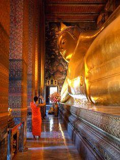 24 Hours in Bangkok