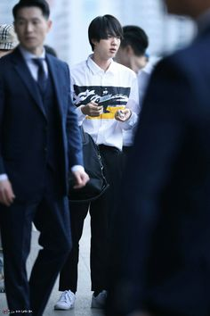 [180413] at Gimpo Airport heading to japan #진 #JIN