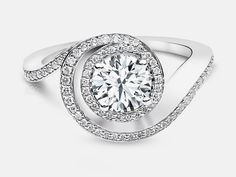 The Naledi Collection's Aloise has an elegant curve reminiscent of a sea-shell.