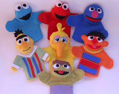 Items similar to Sesame Street Inspired Felt Finger Puppets /finger puppets / felt toys/ quiet play/sesame street/ birthday party favors,puppets on Etsy Felt Puppets, Felt Finger Puppets, Diy For Kids, Crafts For Kids, Felt Bookmark, Crochet Disney, Felt Books, Felt Patterns, Felt Animals