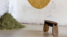 Forest Wool, tabourets et tapis fabriqués à partir d'aiguilles de pin par Tamara Orjola - Journal du Design