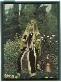 Crimean Tatars, Imperial Russia, Old Pictures, Female Art, Princess Zelda, Culture, Costumes, History, Ethnic