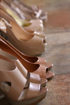 different bridesmaids shoes, same color scheme