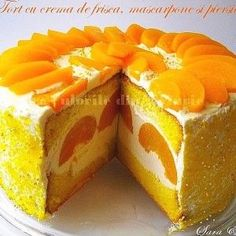Cake with whipped cream, mascarpone and peach - for entertaining Romanian Desserts, Romanian Food, Sweets Recipes, Easy Desserts, Cake Recipes, Kinds Of Pie, Cheesecake, Dessert Simple, Let Them Eat Cake