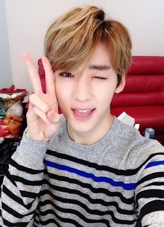 Kevin so cute *u*