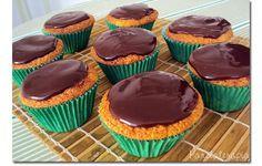 Cupcake de Cenoura com Chocolate ~ PANELATERAPIA - Blog de Culinária, Gastronomia e Receitas