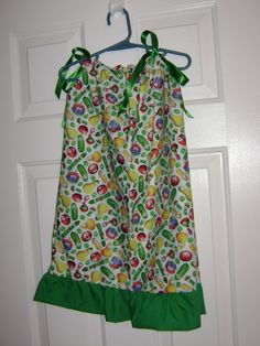 Veggie Tales dress....Beth you should prolly make this for M. :)