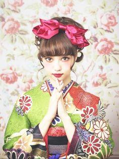Nakamura Risa 中村里砂 for Kokonoe furisode - Japan - 2015
