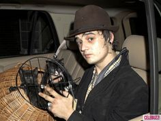 Who knew bad boy Pete Doherty had a soft spot for kittens?! The British rocker owns a cat named Dinger.