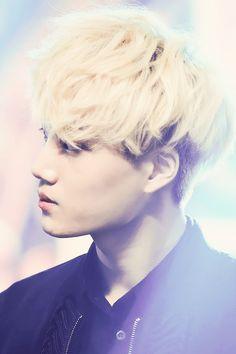 Kai  ♥ the blond hair... Very nice