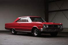 The suits at Plymouth wanted the '67 GTX to be a marriage of refinement and raw power, a car that would appeal to white collar types with a serious penchant for speed. Description from scorpiosgarage.blogspot.com. I searched for this on bing.com/images