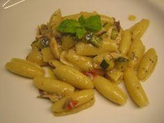 MATRIMONIO IN CUCINA: Rocchetti con sarde, zucchine e fumetto di pesce