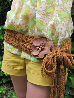Caramel Flower Crochet Belt