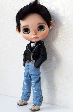Blythe Dolls For Sale, Philtrum, Her Hair, Art Dolls, I Am Awesome, Carving, Disney Princess, Disney Characters, Boys