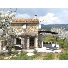Dream House in the middle of Cherry Trees, Provence, France. Want to go back to France!
