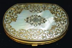 Napoleon Iii Era Silk Inside Carved Mother Of Pearl 100% Quality Antique French Coin Purse