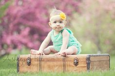 9 Month Photo Session Ideas | month old baby girl session #9months #babygirl #photography www ...