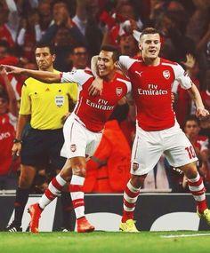 Wilshere celebrates after Sanchez scores #AFCvBES