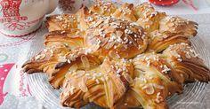 Stella di brioche natalizia con passo-passo fotografico Beignets, Biscuits, Bread Shaping, Best Banana Bread, Pasta, Sweet Bread, Christmas Baking, Stella, Bon Appetit