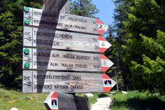giro delle malghe val di funes geisleralm Trekking, Gardening, Beautiful Places, Ghosts, Italy, Garten, Lawn And Garden, Hiking, Garden