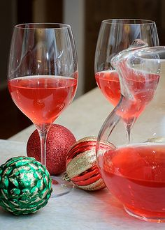 a new favourite christmas cocktail from Nigella Lawson's Christmas Cookbook - prosecco, cranberry juice and grand marnier, it's so good <3