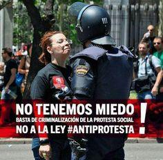 """""""¡No tenemos miedo; NO A LA LEY #ANTIPROTESTA!"""" FUE EL ESTADO: #YaMeCansé #MéxicoEstadoFallido #MéxicoViolento #Impunidad #Represión #DDHH #Ayotzinapa #Iguala #Guerrero #México #Normalistas #AyotzinapaSomosTodos #JusticiaParaAyotzinapa #JusticeForAyotzinapa #YoSoyAyotzinapa  #AcciónGlobalPorAyotzinapa #PresosPolíticosLIBERTAD #Artículo39RenunciaEPN #EPN #20NovMx #CriminalizaciónALaProtesta"""