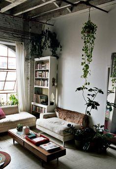 Freunde von Freunden: Wohnen in der Bibliothek der Kleinigkeiten – Seite 6 | Lebensart | ZEIT ONLINE