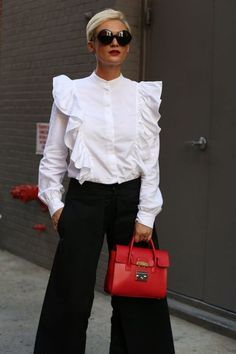 New York Fashion Week Street Style Spring 2017 New York Fashion Week Street Style, Nyfw Street Style, Spring Street Style, Street Styles, Looks Street Style, Looks Style, My Style, Love Fashion, Fashion Outfits