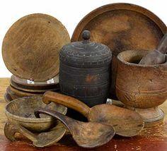 Colonial Sense: Antiques: Auction Results: October, 2014 Primitive Country Homes, Primitive Bedroom, Primitive Kitchen, Primitive Antiques, Primitive Decor, Country Farmhouse, Colonial, Vintage Farmhouse Decor, Pallets