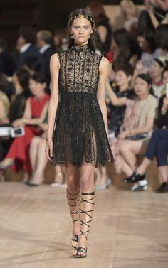 Valentino Haute Couture Fall 15-16
