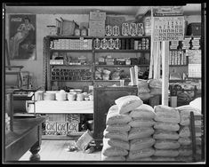 General Store near Moundville, Alabama July 1936