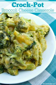 Crock-Pot Broccoli Cheese Casserole - If you are looking for a quick and easy slow cooker side dish then you are going to want to try this recipe for Crock-Pot Broccoli Cheese Casserole today! Broccoli and cheese combine for a flavorful dish that everyone Crockpot Side Dishes, Side Dish Recipes, Slow Cooker Recipes, Crockpot Recipes, Cooking Recipes, Crockpot Veggies, Chicken Broccoli Crockpot, Crock Pot Vegetables, Slow Cooking