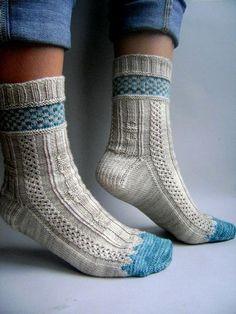 "This is the fourth sock from the club ""When Vampires Knit S .- Dies ist die vierte Socke aus dem Club ""When Vampires Knit Socks"". – Knitting tr… This is the fourth sock from the club ""When Vampires Knit Socks"". Knitting Daily, Knitting Blogs, Knitting Patterns, Knitting Tutorials, Crochet Patterns, Stitch Patterns, Crochet Socks, Knitting Socks, Hand Knitting"