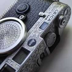"""passionleica: """"The Leica camera project for contributing photographer Designed & hand engraved by Johnny Dowell. Leica M6, Leica Camera, Kind Of Blue, Camera Obscura, Video Photography, Hand Engraving, Timeless Design, Vintage Photos, Black Silver"""