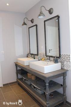 Résultats de recherche d'images pour «table de drapier pour salle de bain»