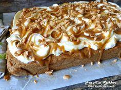 Gulrotkake i langpanne med ostekrem og karamellsaus - Fra mitt kjøkken Love Cake, Banana Bread, Food And Drink, Pie, Cooking Recipes, Pudding, Baking, Desserts, Cakes