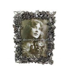 Rama foto metalica argintiu patinat Metal, Frame, Home Decor, Picture Frame, Decoration Home, Room Decor, Frames, Hoop, Interior Decorating