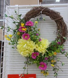 Summer Wreath Sherrie 2015