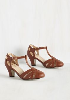 Swing You Off Your Feet Heel in Cognac. Jump and jive in these cognac brown heels and youll feel fully ecstatic! #brown #modcloth