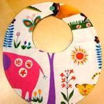 20 bib patterns and tutorials for baby bibs!  Awesome!
