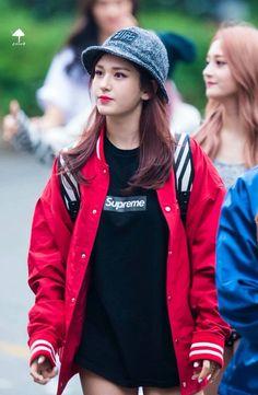 << Jeon Somi >> Jeon Somi, Choi Siwon, Pop Fashion, Daily Fashion, Moschino, Choi Yoojung, Kim Sejeong, Cute Korean, Korean Celebrities