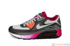 Nike Women's Air Max Lunar 90 C3.0 (Black/See Spray-Dark MC Green-Bright Magenta) | 631762-003