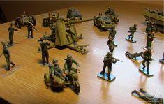Ručně malované figurky vojáků a obrněná technika II.světová - fotografie č. 6